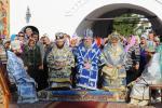Митрополит Никодим взяв участь у святкові літургії з нагоди 20-річчя відродження Мовчанської обителі в Путивлі!